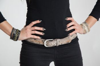 styleBREAKER belt with flat rivets and rhinestone, snakeskin look, decorative stitching, vintage style, can be cut to length on request, ladies 03010064 – Bild 31