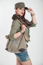 styleBREAKER canvas style handbag with rhinestone star and rivets, sling bag, shopper, ladies 02012066 – Bild 7