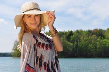 styleBREAKER Damen Strohhut mit schmalem Band und Schleife, Sonnenhut, Schlapphut, Sommerhut, Hut 04025012 – Bild 19