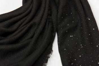 styleBREAKER Vierecktuch mit Jaquard Muster und Strass Nieten, Karo Fransen Schal, Tuch, Damen 01016122 – Bild 6