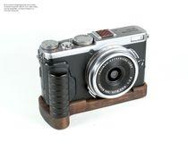 Camera Grip für Fuji Fujifilm FinePix X70 handgefertigt in USA aus Walnuss Holz Bild 2