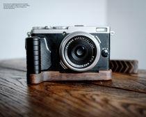 Camera Grip für Fuji Fujifilm FinePix X70 handgefertigt in USA aus Walnuss Holz Bild 3
