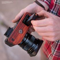 Kamera Handgriff für Fujifilm X-H1 bzw. Kameraschutz | JB Camera Designs | Holz Bild 5