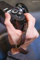 Leder Kameraschlaufe von JB Camera Designs | Braun | Handgefertigt in USA Bild 2