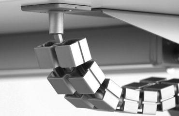 Kabelkette Slim, in den Farben Silber, Schwarz und Weiß – Bild 1
