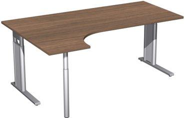 PC-Schreibtisch links höhenverstellbar, C Fuß Blende optional, 1800x1200x680-820, Nussbaum/Silber – Bild 1