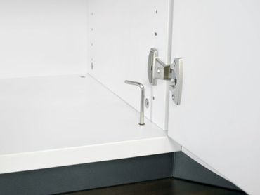 Flügeltürenschrank, Büroschrank aus Holz, 1 Dekor-Einlegeboden, abschließbar, Schloss links, 400x425x768, Weiß/Weiß – Bild 4