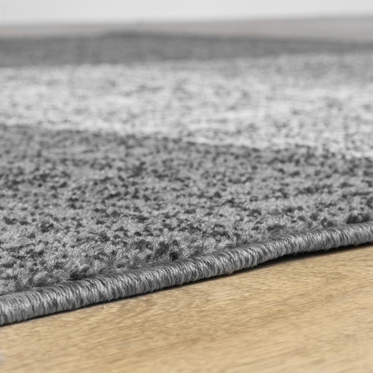teppich f r das wohnzimmer kariert modern grau schwarz. Black Bedroom Furniture Sets. Home Design Ideas