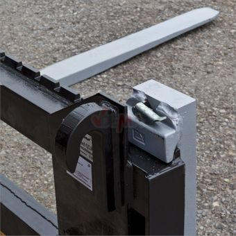 Palettengabel / Staplergabel mit Schild für Frontlader 1,5 t – Bild $_i