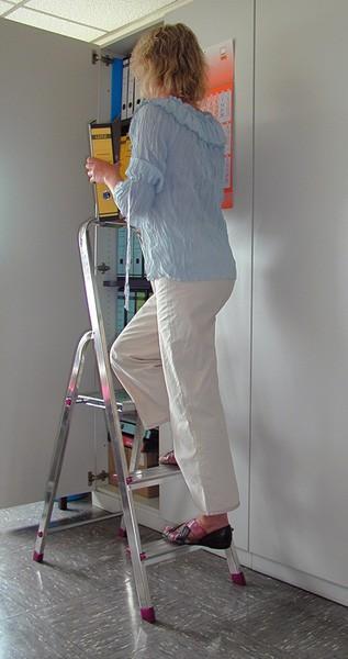 Krause Corda Alu Trittleiter Aluleiter Stehleiter Klappleiter 3 Stufen bis 55cm 000712