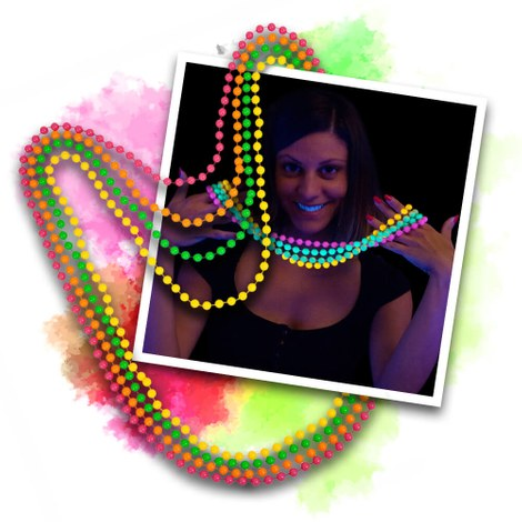 12 Blacklight UV Pearl necklaces