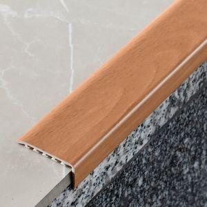 Treppenstufenprofil Myck 45x22mm Erle 4E 1m – Bild 1