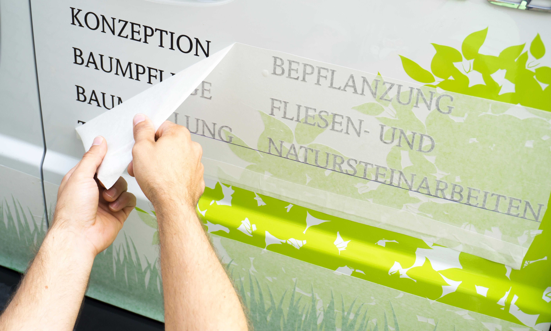 KFZ-Beschriftung & Werbefolierung