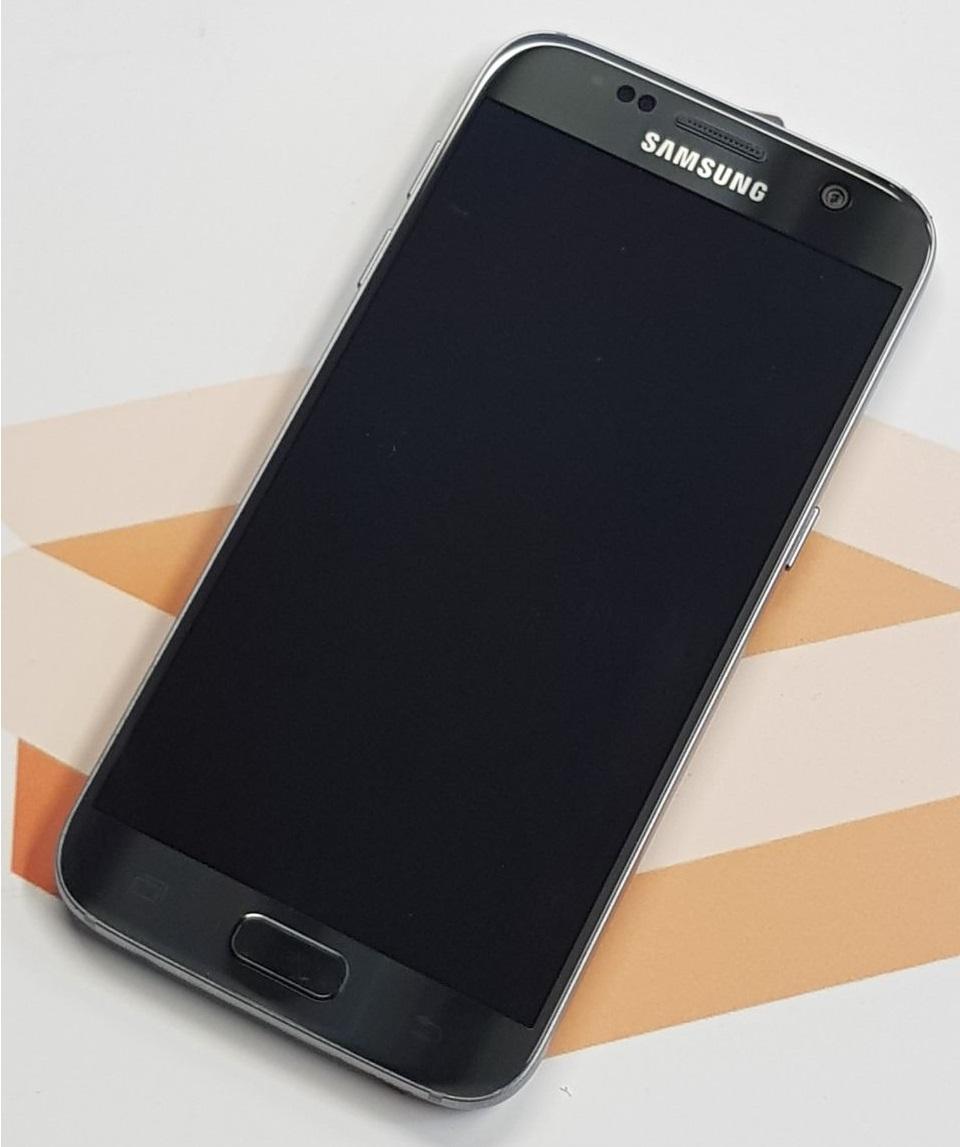 samsung galaxy s7 sm g930f 32gb smartphone schwarz. Black Bedroom Furniture Sets. Home Design Ideas