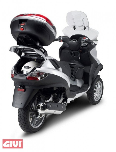 givi topcase tr ger monokey klappbar piaggio mp3 125 500. Black Bedroom Furniture Sets. Home Design Ideas