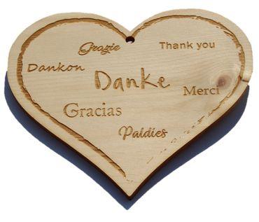 Zirbenherz - Danke, Grazie, Thank you, Mercie, Grazias  - Spruch Geschenk aus Zirbenholz Holz inkl. Band zum Aufhängen