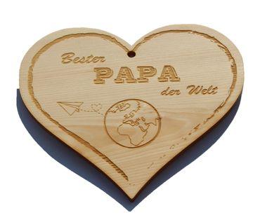 Zirbenherz - Bester Papa der Welt - Spruch Geschenk aus Zirbenholz Holz inkl. Band zum Aufhängen – Bild 1