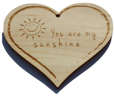 Zirbenherz - You are my sunshine - Spruch Geschenk aus Zirbenholz Holz inkl. Band zum Aufhängen – Bild 1