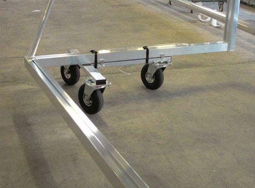 Transport trolley for freestanding doors