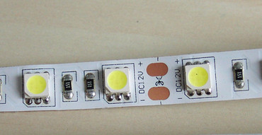 LED Band weisser Grund 5m IP20 300 LED 5050er cw -#4475