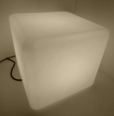 Leucht Würfel Cube 400 mm für Außen-Innen Sockel E-27 230 Volt -#1385 – Bild 1