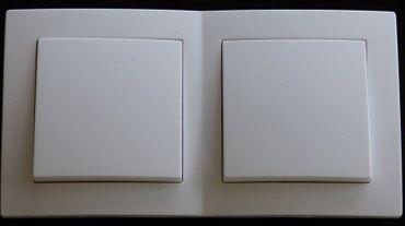 Levina Kunststoff 2 x Wechselschalter weiß 250 Volt 10 Ampere -#7776