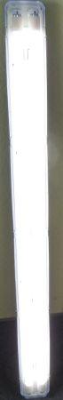LED Leuchte Feuchtraum kaltweiss mit 2 x Röhre 120 cm -#8154 – Bild 1