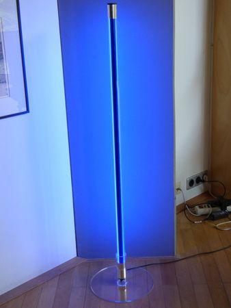 LED Leuchtstab 18 W 123 cm IP-20 Blendschutz Blau -#9627 – Bild 1