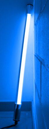 LED Leuchtstab 10 W 63 cm IP-44 Blendschutz Blau -#9649 – Bild 3