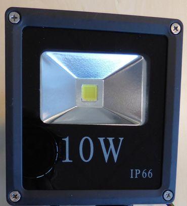 LED Fluter 10 Watt kaltweiss 600 Lumen schwarz -#2839 – Bild 1