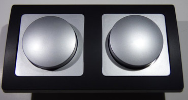DELPHI 2x Dimmer 20 - 300 Watt silber/schwarz Elektro Dose Stecker Kupplung -#8602