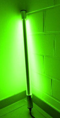 LED Leuchtstab 18 W 123 cm IP-44 Blendschutz Grün -#9659 – Bild 1