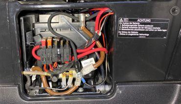 12 Volt Dosen im Mercedes Marco Polo in Seitenverkleidung an Aufbaubatterie Dauerstrom - inkl. Einbau – Bild 3