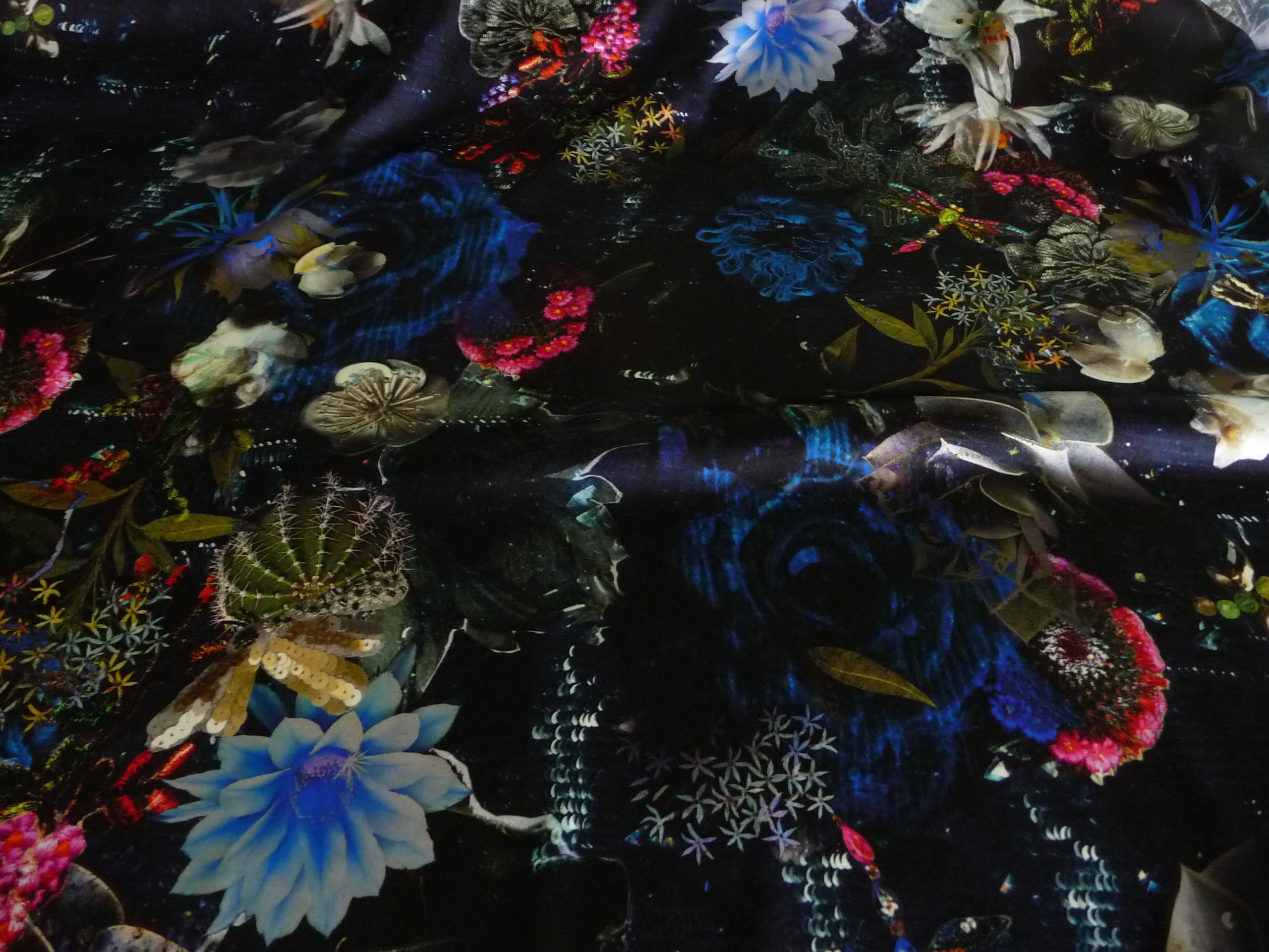 Blumenmuster, Seidenstoff, Malerisch, Schmetterlinge
