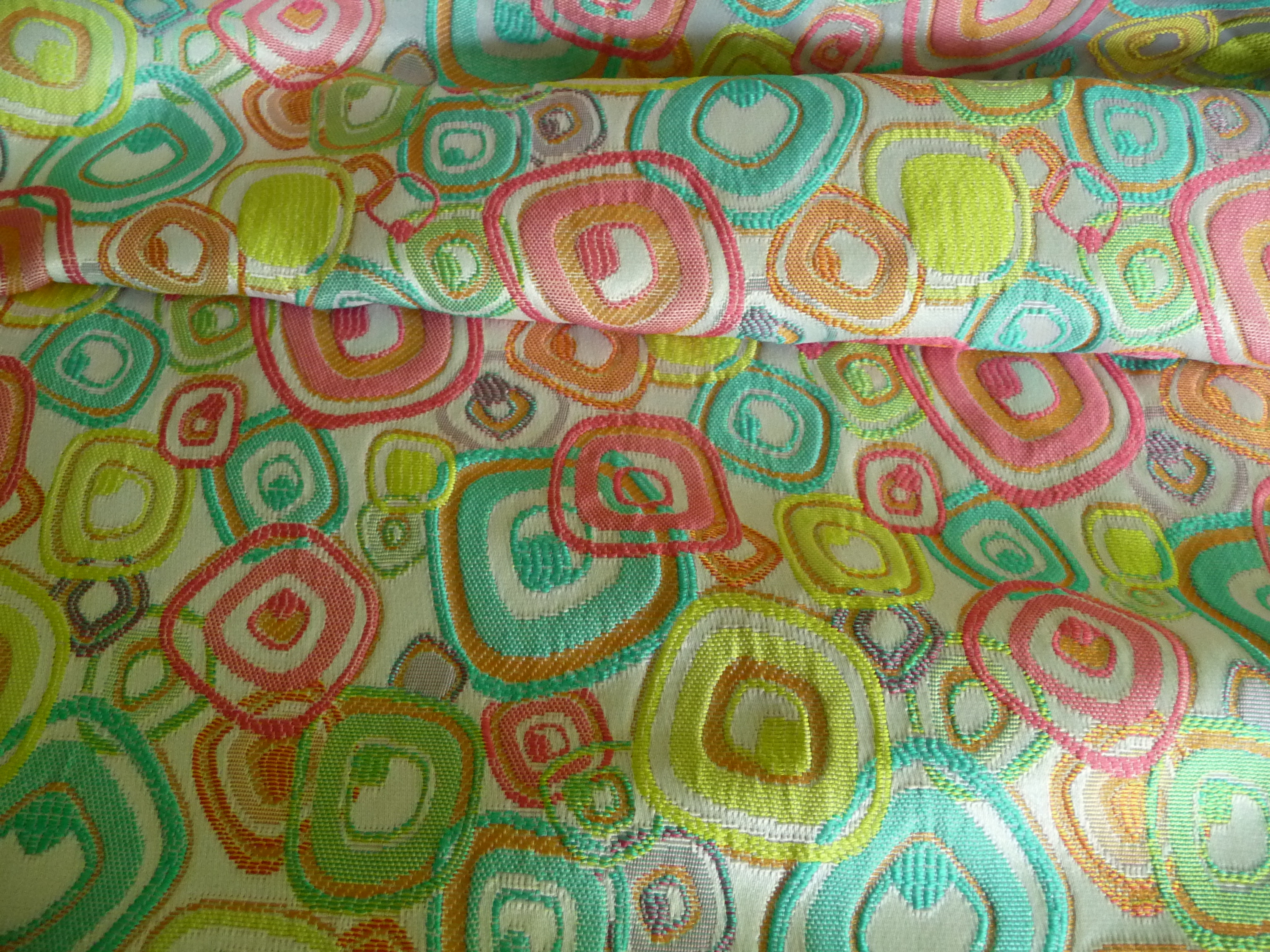 Polyester, Jacquard, geometrisches Muster, Creme