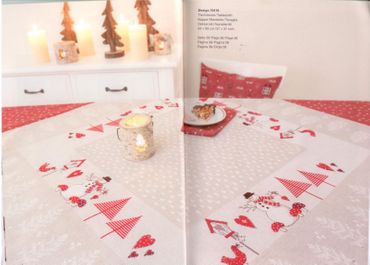 Rico Design Mitteldecke -Weihnachten - NEU aus Buch 135 Saison Rarität – Bild 2