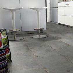 PVC Bodenbelag Tarkett Select 150 | Rusty Metal Designbeispiel 5