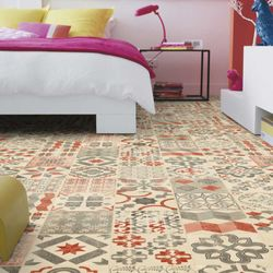 PVC Boden Tarkett Exclusive 240 Retro Almeria Red Designbeispiel 2