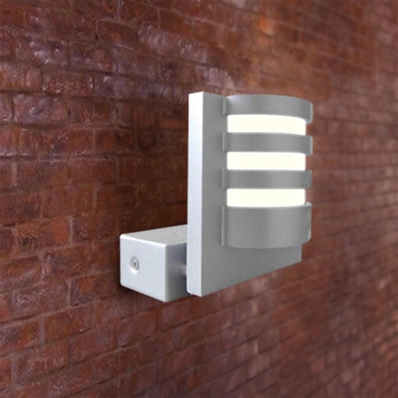 Gaga Lamp Design Wandleuchte WL90 50W silbergrau
