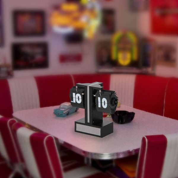 Gagatime Small Flip Clock Tischuhr