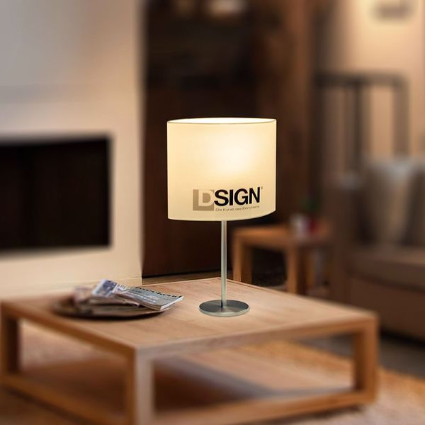 CLE DESIGN Tischleuchte chrom / weiß 1xE27 mit DSIGN Logo