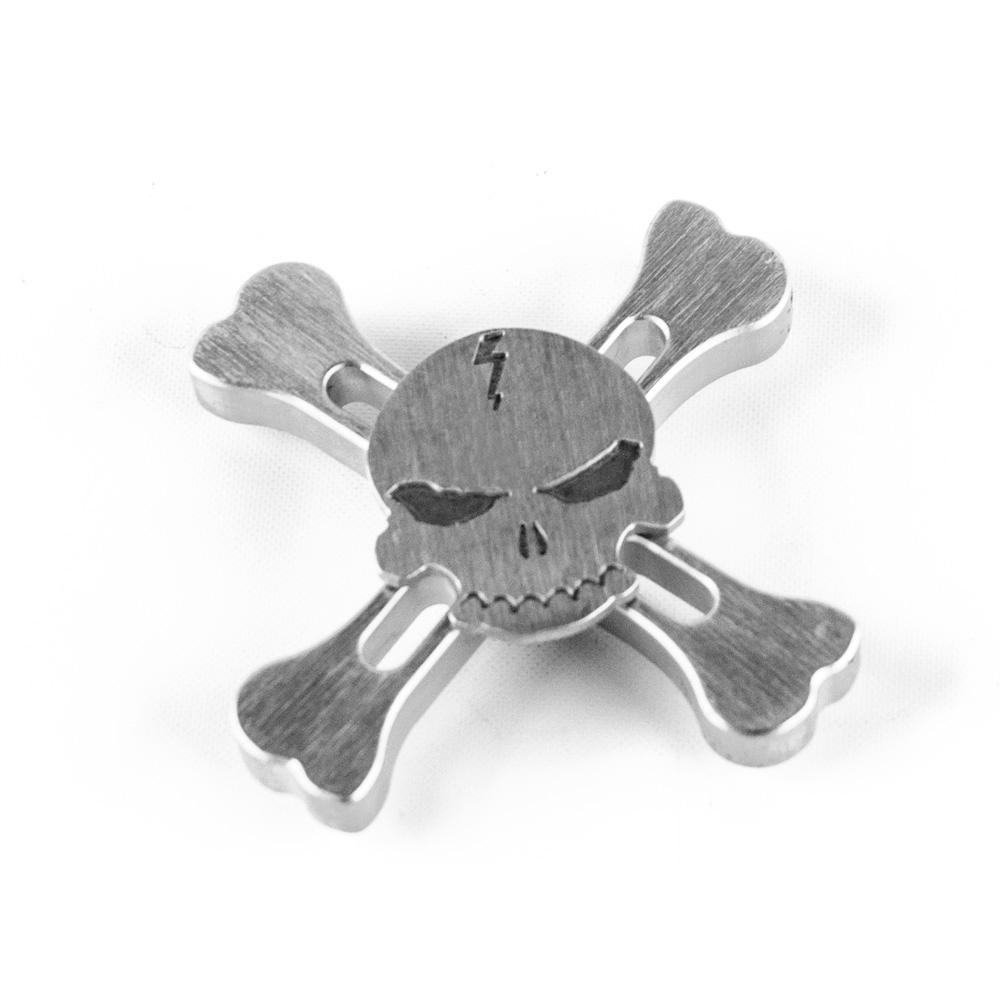 ds24 premium spinner skull totenkopf ii in silber hand spinner metall profi spinner high. Black Bedroom Furniture Sets. Home Design Ideas