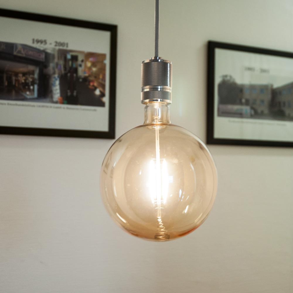 Gaga Lamp LED Steam Punk Bulb Bernstein Mega Bulb Filament Hängeleuchte grau Textilkabel E27 Fassung