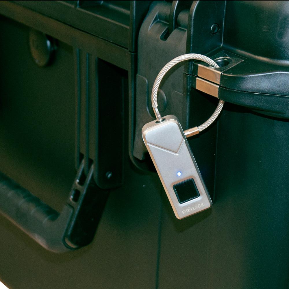 schloss mit fingerabdrucksensor padlock smart keyless lock wasserdicht orange innovation drohnen. Black Bedroom Furniture Sets. Home Design Ideas