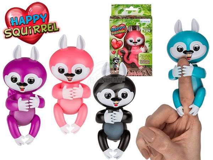 61-4089 Happy Squirrel, mit Sound & Bewegung (inkl. Batterien) ca. 12,5 cm, 4-farbig sortiert, in Verpackung mit Headercard, 990/PAL