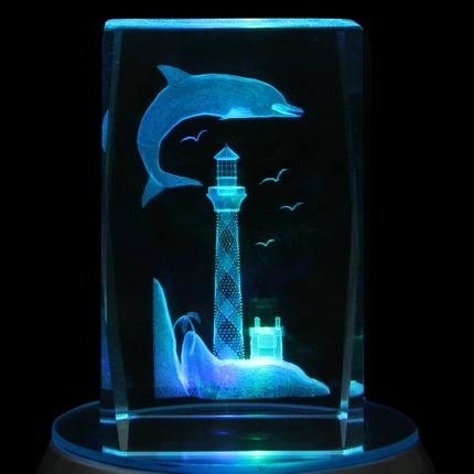 KQ-109 Kristall Quader Motiv: Delphin, Leuchtturm Farbe: klar
