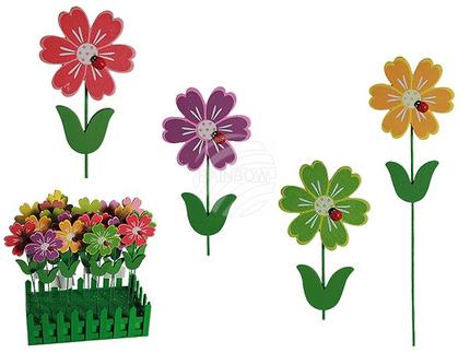 137162 Holz-Gartenstecker, Blume mit Marienkäferdeko, ca. 6,5 x 24 cm, 4-farbig sortiert, 24 Stück im Aufsteller