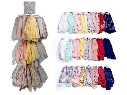 02-4051 Schal, Spring Collection II, 30% Baumwolle & 70% Polyester, ca. 90 g, ca. 180 x 70 cm, 3-fach & 8-farbig sortiert, mit Haken zum Aufhängen, 192 Stück auf Displayständer