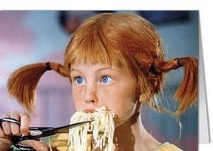 Mini Grußkarte - Pippi Langstrumpf schneidet Spaghetti mit Schere