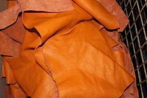 Bastelleder terracotta 500 Gramm - Lederreste zum Basteln